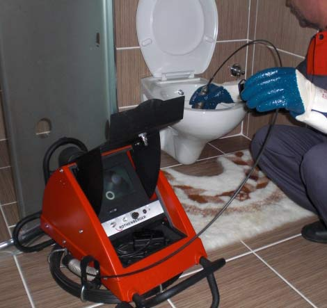 http://hutbephotonline.com/uploads/images/images/thong-tac-toilet-huyen-phuc-tho.jpg